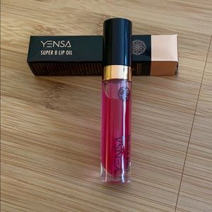 Yensa Super 8 Lip Oil